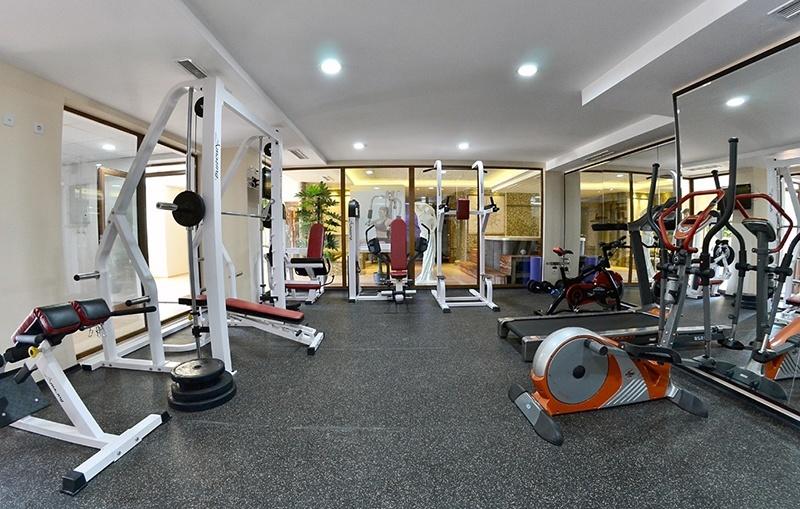 фитнес уреди в хотел камелия пампорово