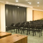 зала за бизнес срещи и изнасяне на лекции пампорово