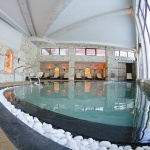 басейн с топла вода в хотел камелия