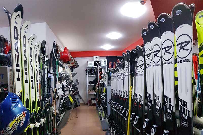 Ski centre